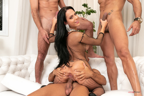 LegalPorno.com - Airtight Group Fuck With Sexy Brazilian Slut Liandra Andrade BZ017