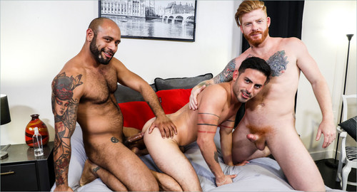 MenOver30 - Power Switch (Cesar Rossi, Bennett Anthony & Leo Forte) Bareback