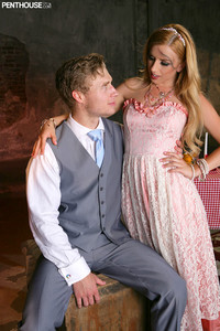 Lexi Belle - Smothered Neurosis   Alt. - The