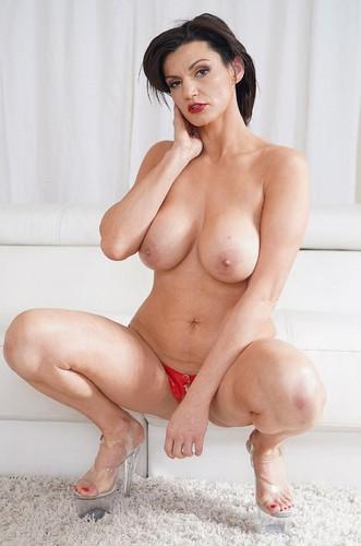 Becky Bandini Planetsuzy