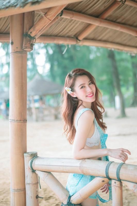 環球世界小姐冠軍港女模特兒LennyWong自拍捽碟流出後疑再有無套啪啪影片流出-36P+4V