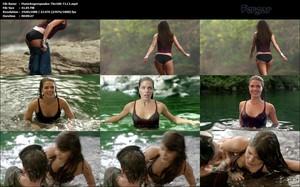 Marie Avgeropoulos Video HD Desliz Pezón Culo Bañándose Mojada