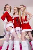 Ivanka, Twinkle, Alisekis - Happy New Year 2017  (x129)