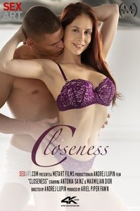 $3x4rt • Antonia Sainz in Closeness    Issue