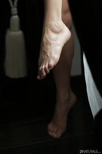 Just one foot away - Lindsey Olsen