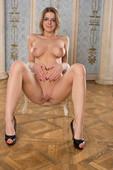 Yelena - Seana (x113)