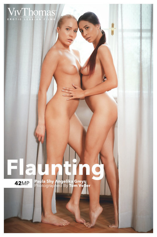 Angelika Greys & Paula Shy - Flaunting (x132)