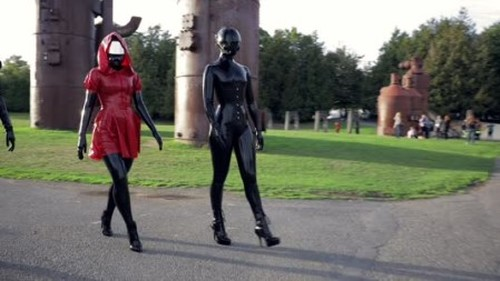 Latex Catsuit, Rubber Gimp, Leather Sex - A Walk in the Park