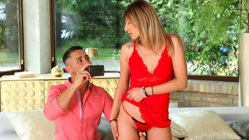 Viviana - Love To Tease (SD)