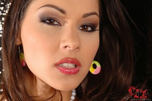 Cindy Hope - Squirming For Satisfaction!
