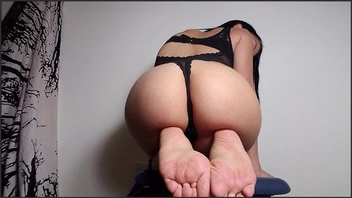 Perfect feet or Perfect ass - Obey Miss Tiffany  - iwantclips