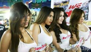 14 Foto Bugil Artis Dan Model Indonesia